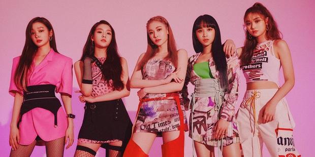 """Girlgroup tân binh view khủng nhưng lắm phốt: Bài debut bị tố đạo nhái, 2 cựu trainee YG từng """"cà khịa"""" BLACKPINK, 1 thành viên dính scandal bắt nạt - Ảnh 17."""