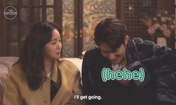 Nháo nhào khoảnh khắc Kim Go Eun nhìn Lee Min Ho đắm đuối: Sự chú ý của ta đã va phải bộ phận này của chàng - Ảnh 5.