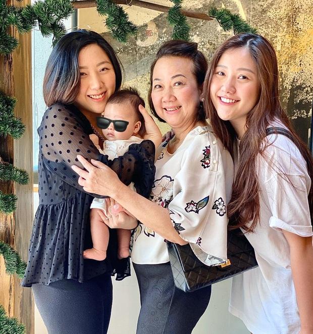 Em gái Trấn Thành khoe con gái 3 tháng tuổi siêu cấp đáng yêu, nhưng nhan sắc mẹ nam MC sau 27 năm mới đáng kinh ngạc - Ảnh 3.