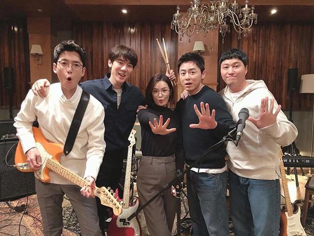 Đầy nhân văn và chân thật, Hospital Playlist chính là phim y khoa hay nhất xứ Hàn lúc này! - Ảnh 26.