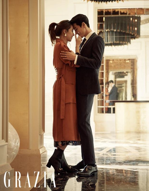 Học Song Joong Ki hậu ly dị, Lee Dong Gun lao vào tìm niềm vui trong phim điện ảnh mới Come Back Home - Ảnh 1.