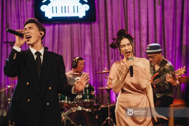 Hoà Minzy và Erik lần đầu song ca Không Thể Cùng Nhau Suốt Kiếp, ngẫu hứng cover hit Bích Phương chứng minh top 1 trending quy tụ loạt ca khúc siêu đỉnh - Ảnh 3.