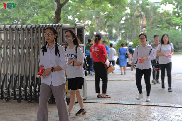 Các trường ĐH không được cập nhật, công bố số lượng thí sinh ĐKXT - Ảnh 1.