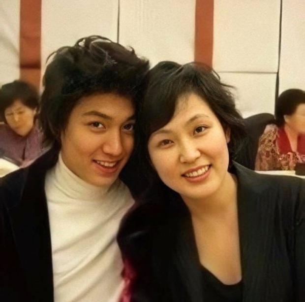 Nhìn nhan sắc mẹ ruột của Lee Min Ho cũng đủ hiểu tại sao lại sinh ra cậu con trai có ngoại hình cực phẩm như vậy - Ảnh 3.