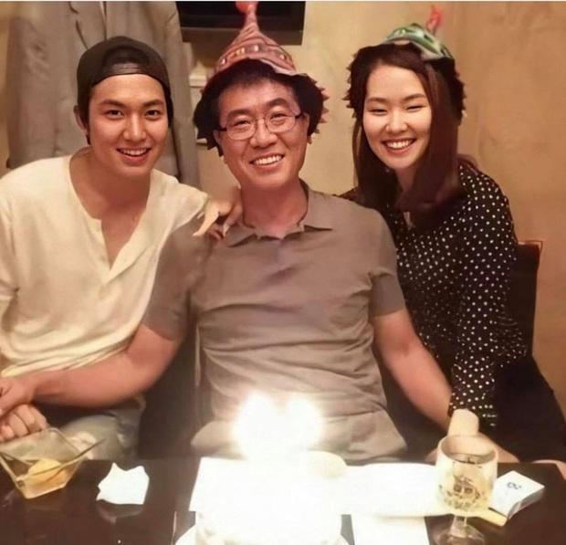 Nhìn nhan sắc mẹ ruột của Lee Min Ho cũng đủ hiểu tại sao lại sinh ra cậu con trai có ngoại hình cực phẩm như vậy  - Ảnh 4.