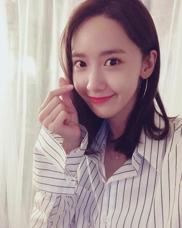 Vừa tròn 30, Yoona bật mí 5 chiêu dưỡng da bất di bất dịch chị em nào cũng nên học theo để lão hóa ngược - Ảnh 4.