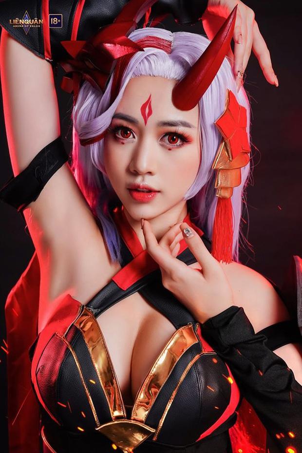 Liên Quân Mobile: Cộng đồng phát sốt trước độ quyến rũ của Yena Nguyệt Tộc, soi info thì hóa ra là người quen - Ảnh 9.