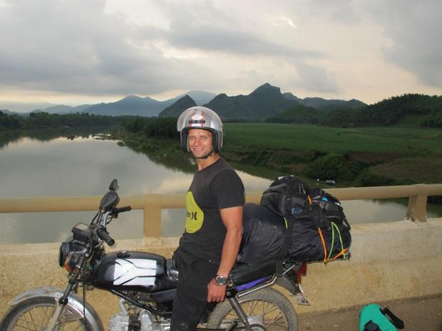 12 trải nghiệm du lịch tại Việt Nam hấp dẫn các blogger nước ngoài: Từ leo núi ở Sa Pa, học nấu ăn ở Hội An đến đi xe máy xuyên Việt đều thật xịn sò - Ảnh 15.