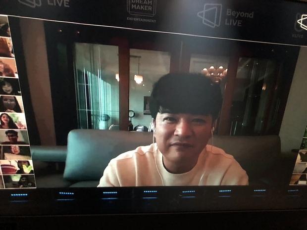 Concert online đầy cảm xúc của WayV: Lucas bật khóc vì fan, loạt sân khấu chất lượng cao cùng với màn xuất hiện bất ngờ của Shindong (Suju) - Ảnh 11.