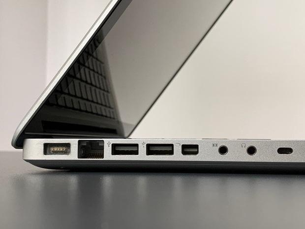 Đánh giá MacBook của 12 năm trước: Tốt hơn gấp nhiều lần MacBook mới hiện nay? - Ảnh 1.