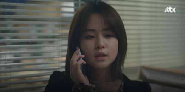 Knet chê tơi tả biên kịch Thế Giới Hôn Nhân sau tập 12: Đừng có phá kịch bản gốc nữa, bà cả Sun Woo làm sao ấy nhỉ? - Ảnh 1.