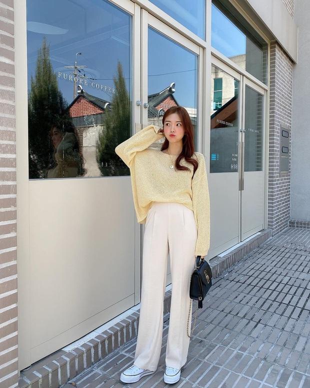 2 tuyệt chiêu sơ vin hack dáng cực phẩm của quý cô Hàn, biến chân ngắn thành dài như dùng app kéo chân - Ảnh 5.