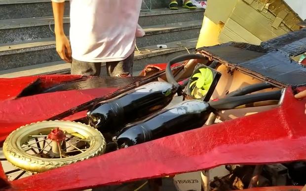 YouTuber Việt làm siêu xe Ferrari, Bugatti từ giấy chỉ với vài triệu đồng: Dân mạng quốc tế tha hồ khen nổ mũi - Ảnh 6.