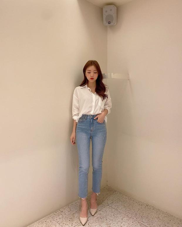 2 tuyệt chiêu sơ vin hack dáng cực phẩm của quý cô Hàn, biến chân ngắn thành dài như dùng app kéo chân - Ảnh 8.