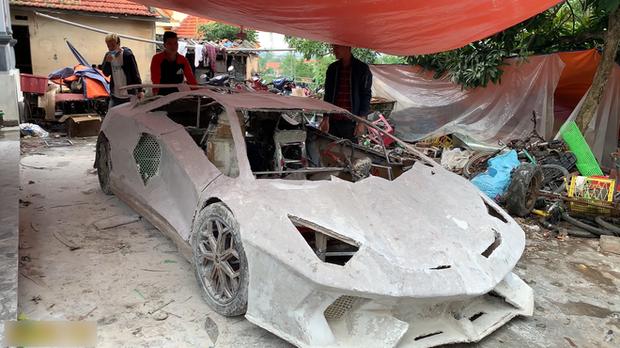 YouTuber Việt làm siêu xe Ferrari, Bugatti từ giấy chỉ với vài triệu đồng: Dân mạng quốc tế tha hồ khen nổ mũi - Ảnh 9.