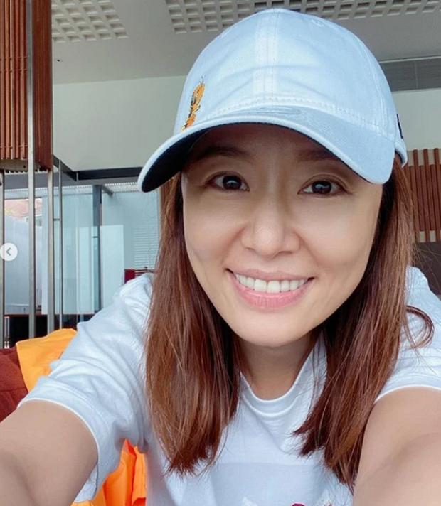 Bà mẹ một con Lâm Tâm Như lộ ảnh hậu trường kém sắc trong phim mới, Tử Vi xinh đẹp ngày xưa nay còn đâu? - Ảnh 5.