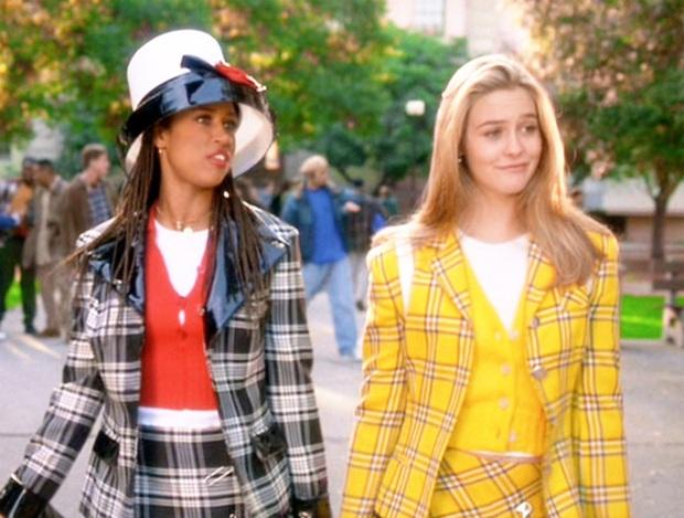 """Nhờ công của Jennie mà loạt hot trend những năm 90 """"sống lại"""", hội chị em ồ ạt diện theo, hàng """"copy"""" được sản xuất đại trà - Ảnh 9."""
