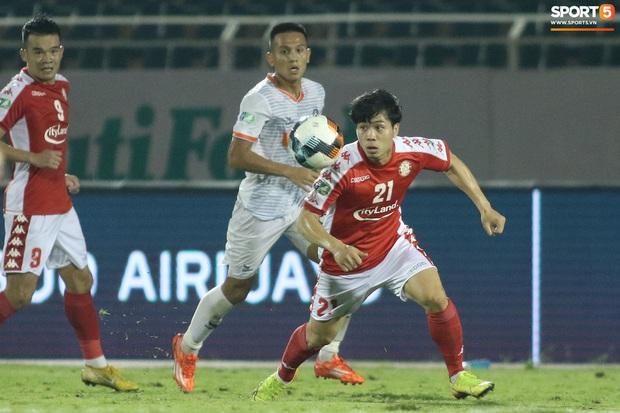 Học trò HLV Park Hang-seo ở Cúp Quốc gia 2020: Hai tiền đạo chấn thương nhẹ, bàn thắng được ghi bởi toàn hậu vệ - Ảnh 8.