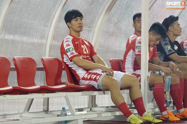 Học trò HLV Park Hang-seo ở Cúp Quốc gia 2020: Hai tiền đạo chấn thương nhẹ, bàn thắng được ghi bởi toàn hậu vệ - Ảnh 7.