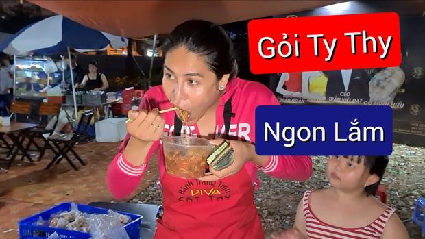 """Cát Thy và Ty Thy – 2 cái tên nhưng cùng một công thức nổi tiếng: Lối nói chuyện """"mặn như muối biển"""", đồ ăn đều ngon nức tiếng đất Sài Gòn - Ảnh 23."""