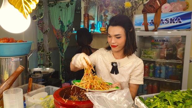 """Cát Thy và Ty Thy – 2 cái tên nhưng cùng một công thức nổi tiếng: Lối nói chuyện """"mặn như muối biển"""", đồ ăn đều ngon nức tiếng đất Sài Gòn - Ảnh 3."""