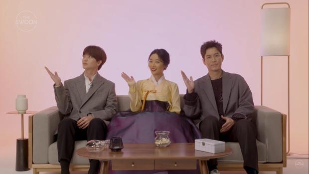Dàn sao Mystic Pop-up Bar bật mí về cuộc sống: Hwang Jung Eum là con gái Long Vương, Yook Sung Jae sâu sắc bất ngờ - Ảnh 2.