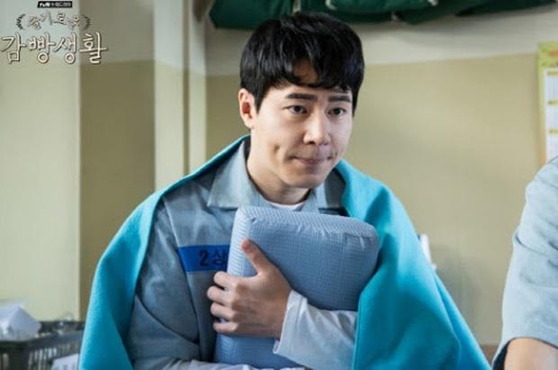 4 lí do ai cũng muốn phần 2 Hospital Playlist chiếu luôn cho rồi: Quá nhiều bí mật chưa giải đáp, hóng màn cameo của Bo Gum nữa! - Ảnh 12.