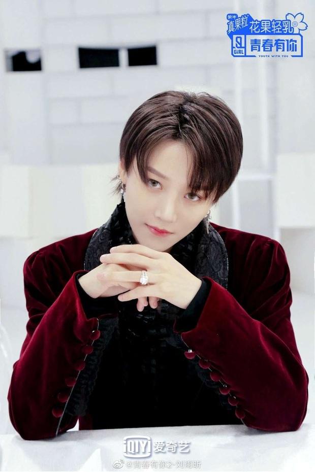 Top 9 debut chính thức của Thanh Xuân Có Bạn: Visual ngút ngàn, drama rợp trời tài năng đi liền với thị phi - Ảnh 2.