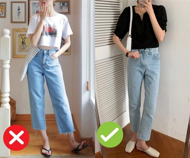Mắc 4 sai lầm này khi diện quần jeans, các chị em đã tự đưa tên mình vào top mặc xấu chốn công sở - Ảnh 2.