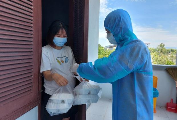 Hàng trăm thai phụ từ Đài Loan về Việt Nam cách ly: Mừng rơi nước mắt - Ảnh 14.