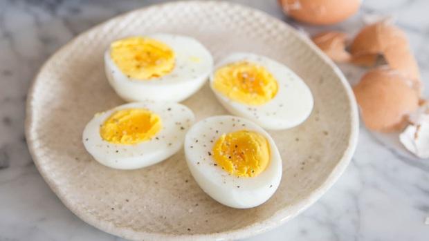 Bữa sáng với trứng luộc: Vừa giúp bạn dễ dàng giảm 2kg trong 10 ngày, vừa sở hữu làn da láng mịn - Ảnh 3.