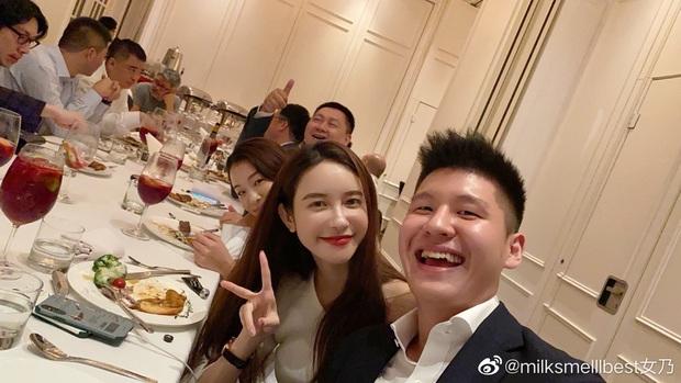 Vợ chủ tịch Taobao vừa được ví như tiên nữ đồng quê Lý Tử Thất phiên bản sang chảnh thì kẻ thứ 3 vội khoe ảnh chứng minh đẳng cấp - Ảnh 9.