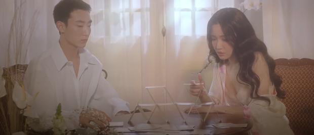 Bích Phương khoe body nóng bỏng bên nam diễn viên người Hàn trong Một Cú Lừa nhiều cảnh nóng, cái kết khiến khán giả thót tim? - Ảnh 6.