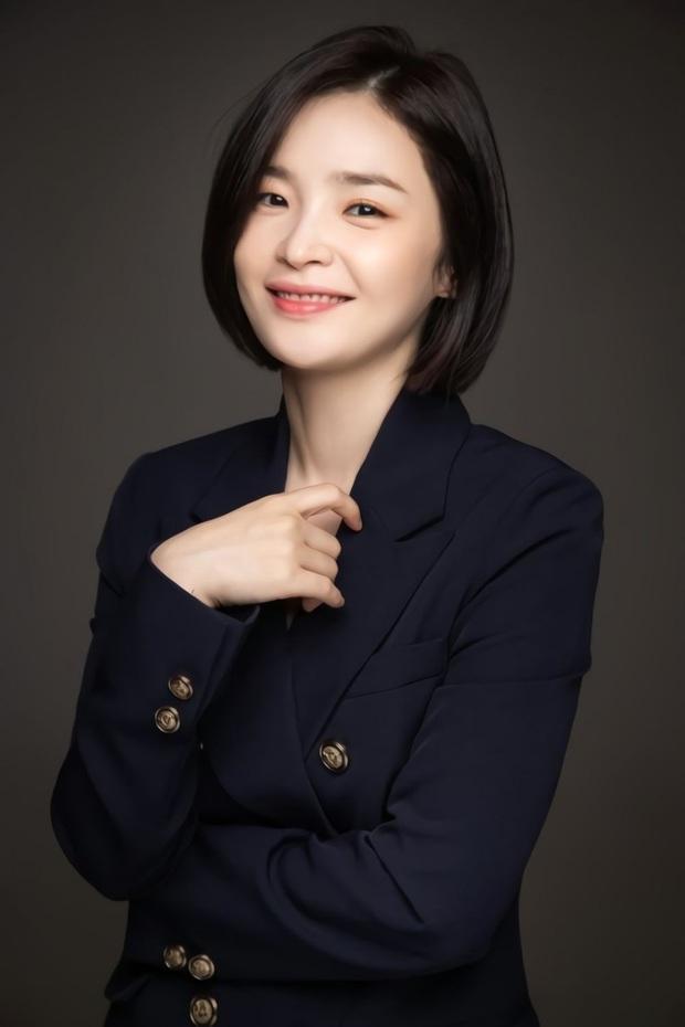 30 diễn viên Hàn hot nhất hiện nay: Dàn cast Thế Giới Hôn Nhân thầu top 3, Lee Min Ho có thua 2 tài tử Hospital Playlist? - Ảnh 8.