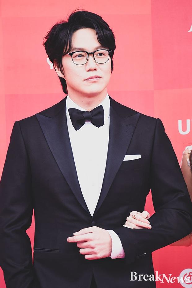 5 gã đàn ông bước qua đời Lee Hyori: Hết tài tử thế giới đến người thừa kế, nhưng chàng trai nghèo lại chiếm trọn trái tim nữ hoàng - Ảnh 14.