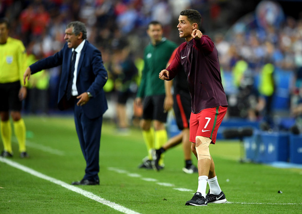 Hà Đức Chinh tái hiện màn chỉ đạo của Ronaldo nhưng cái kết cúp vô địch đã bay xa - Ảnh 5.