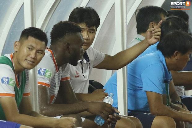 Hà Đức Chinh tái hiện màn chỉ đạo của Ronaldo nhưng cái kết cúp vô địch đã bay xa - Ảnh 8.