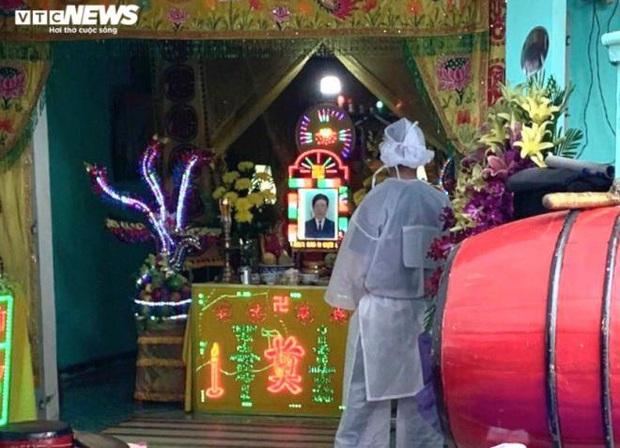 Bị cáo nhảy lầu tự tử ở Bình Phước: Tai ương liên tục ập tới gia đình nhỏ - Ảnh 1.
