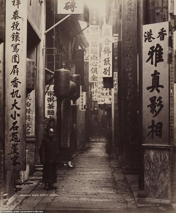 Loạt ảnh triều nhà Thanh nửa cuối thế kỷ 19: Khoảng cách giữa giới thượng lưu, trung lưu và bình dân khiến người xem phải ngỡ ngàng - Ảnh 15.