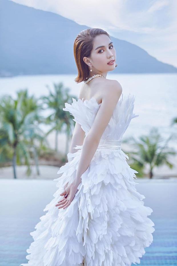 Cùng 1 bộ váy: Ngọc Trinh bỗng kém đẹp so với Lương Thùy Linh vì vóc dáng gầy gò, trơ xương thiếu sức sống - Ảnh 4.