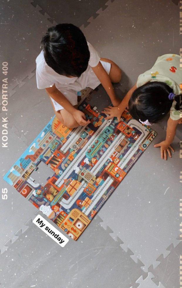 Hà Tăng tiết lộ thú vui cuối tuần của 2 nhóc tỳ: Cậu ấm - cô chiêu nhà đại gia chơi đùa theo cách giản dị bất ngờ - Ảnh 2.