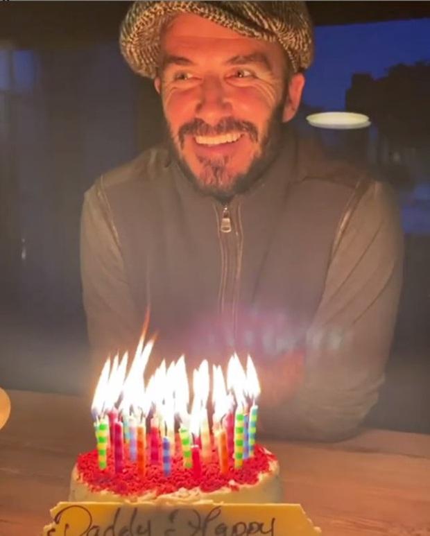 David Beckham mừng sinh nhật tuổi 45 bên gia đình, dân tình chỉ dán mắt vào căn chòi nhỏ tránh dịch cả trăm tỷ của anh - Ảnh 2.