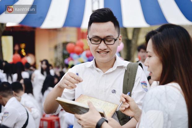 Học sinh cuối cấp ở Hà Nội sẽ được học đủ tuần, các lớp khác học cách nhật - Ảnh 1.