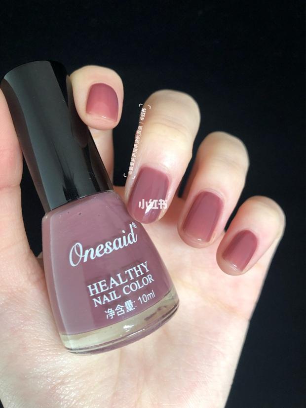12 màu nail xinh xắn lại tôn da, rất phù hợp để chị em làm đỏm cho đôi tay mùa Hè - Ảnh 11.