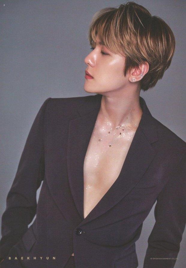 Baekhyun (EXO) livestream hát hết mình cho fan nghe nhưng nhận về toàn lời cà khịa: High-note đúng là tỷ lệ ngược với... chiều cao! - Ảnh 6.
