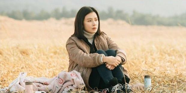 Lee Bo Young: Mỹ nhân nói không với vai bánh bèo, chồng con đề huề vẫn đẳng cấp cả tài lẫn sắc - Ảnh 17.