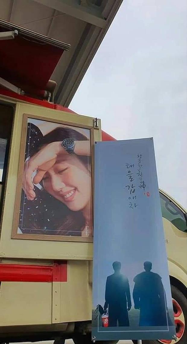 3 lần Yêu Tinh Gong Yoo và Thần Chết Lee Dong Wook mượn xe cà phê để khoe ân ái, khi nào comeout đây hai anh? - Ảnh 6.