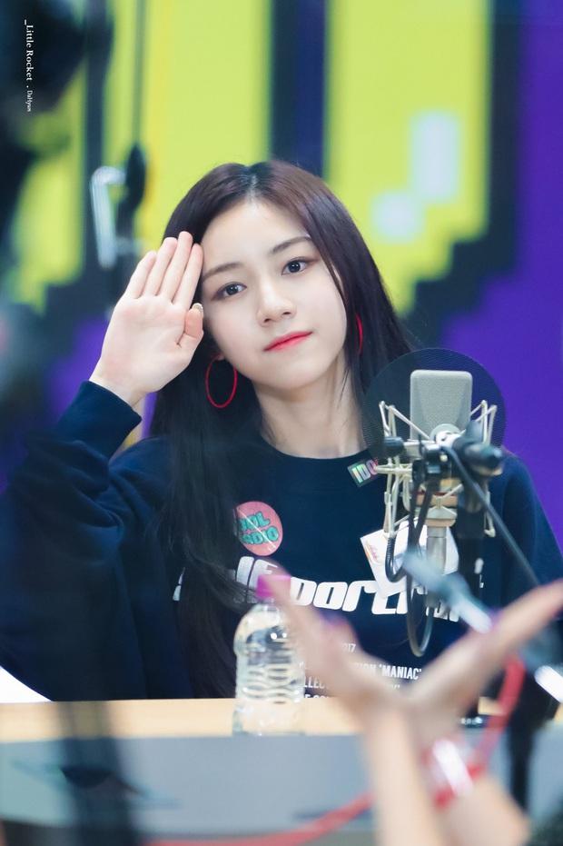 Tổ hợp idol Kpop cùng tên: Nam idol tên y hệt V (BTS) nhưng khác 1 trời 1 vực, nhóm Jisoo - Sooyoung gây choáng - Ảnh 34.