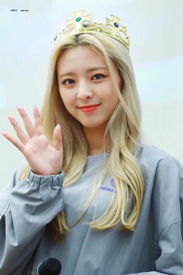 Tổ hợp idol Kpop cùng tên: Nam idol tên y hệt V (BTS) nhưng khác 1 trời 1 vực, nhóm Jisoo - Sooyoung gây choáng - Ảnh 11.