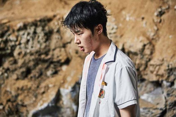 Profile trùm chăn dắt Kim Dong Hee của Extracurricular: Bàn tay vàng chọn toàn phim bom tấn, thủ khoa debut đến từ ông lớn JYP - Ảnh 15.